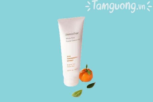 Innisfree white pore facial cleanser