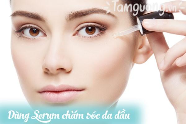 Thoa serum để chăm sóc da dầu-mụn