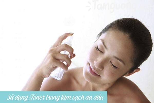 Sử dụng toner (nước hoa hồng) trong chăm sóc da dầu-mụn