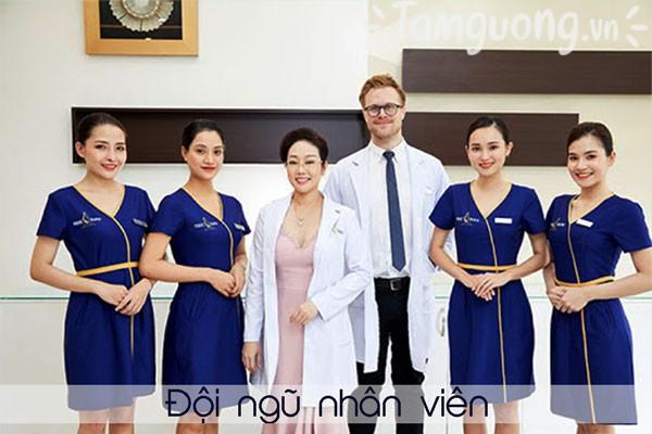 Đội ngũ nhân viên tại Thẩm mỹ viện Ngọc Dung