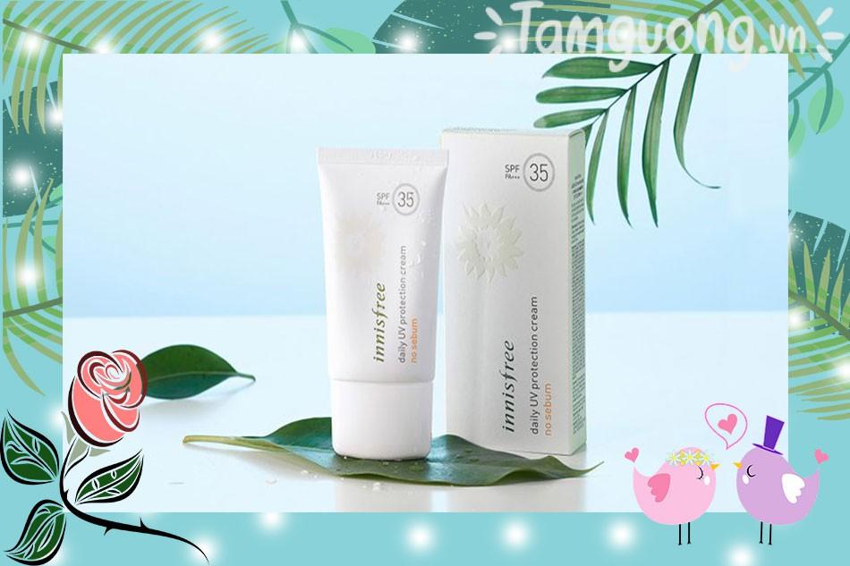 Kem chống nắng Innisfree màu trắng Daily UV Protection Cream No Sebum SPF35 PA++ cho da dầu