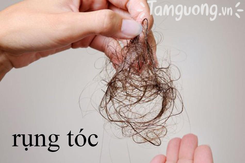 Đối tượng dùng dầu gội trị rụng tóc