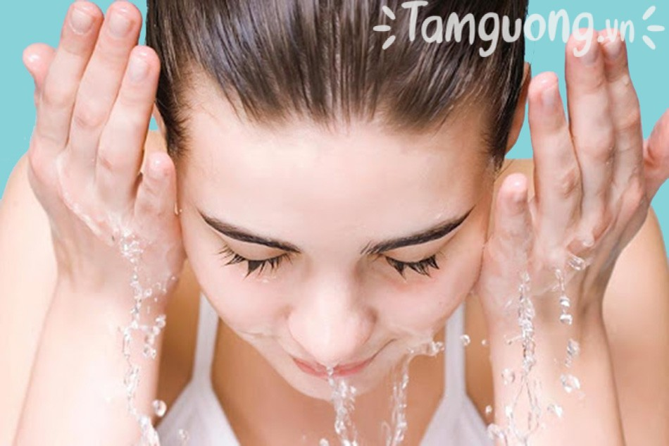 Sữa rửa mặt cho da nhờn Papulex