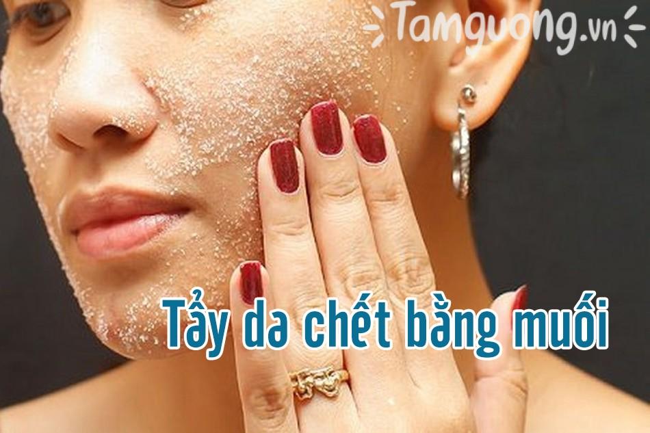 Một số cách tẩy da chết bằng muối biến