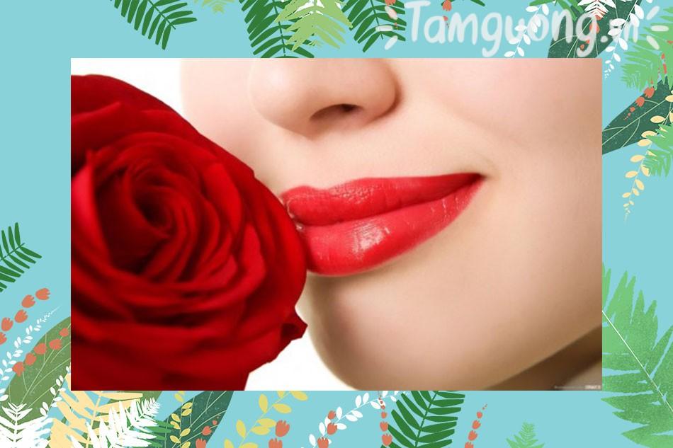 Cách làm son môi từ hoa hồng