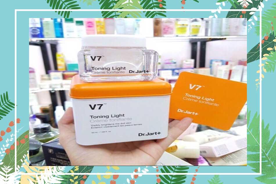 Kem dưỡng da V7 Toning Light chính hãng mua ở đâu tại Hà Nội, TpHCM?
