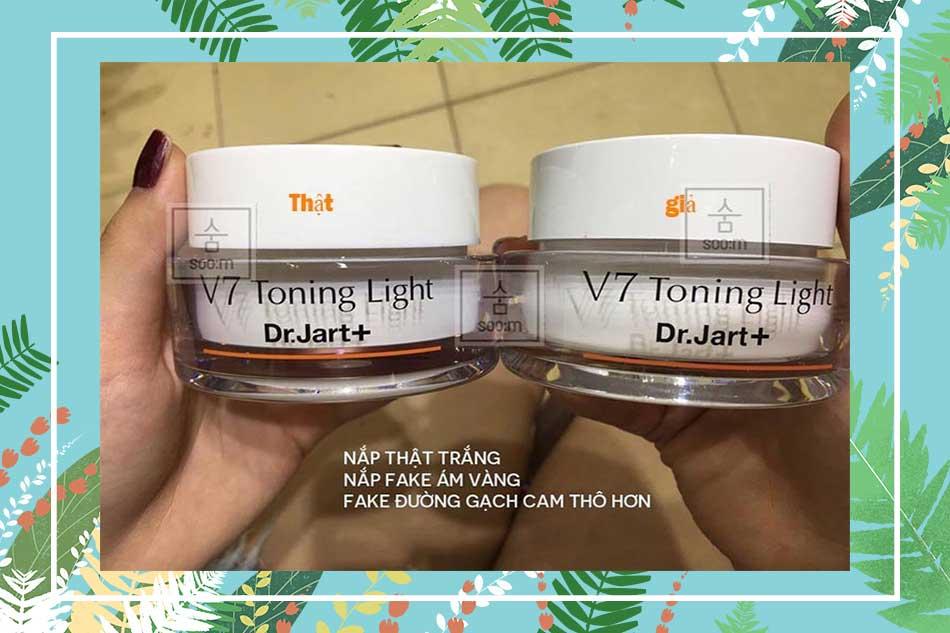 Phân biệt kem dưỡng da V7 Toning Light giả